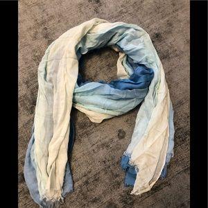 Accessories - Ombré scarf
